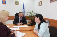 Депутат Думы Ставропольского края Юрий Ходжаев провел круглый стол