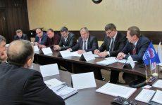 Михаил Кузьмин совместно с Евгением Штепой и Андреем Юндиным провели рабочую встречу в Труновском районе