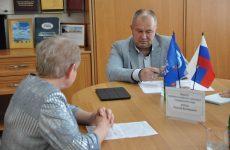 Выездной прием граждан провели Евгений Штепа, Надежда Сучкова и Валерий Черницов