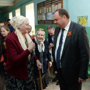 Алексей Завгороднев помог станичникам