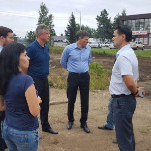 Дмитрий Судавцов проконтролировал ход выполнения работ по благоустройству дворовой территории в рамках реализации подпрограммы «Современная городская среда»