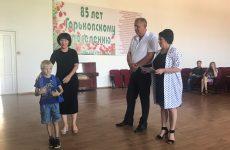 Депутат помог детям подготовиться к школе