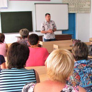 Андрей Юндин посетил общеобразовательные учреждения Труновского района