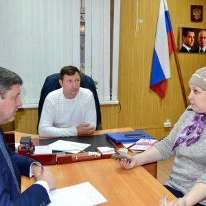 Жители Труновского муниципального района продолжают активно обращаться к представителям органов власти