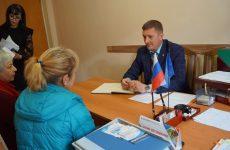 Население Грачевского муниципального района продолжает активно обращаться к представителям органов власти