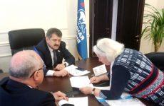 Александр Ищенко провел личный прием граждан в Ставрополе