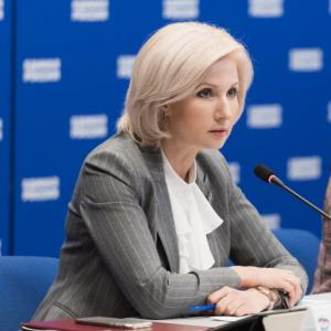Баталина: В 2020 году Общественные приемные Председателя «Единой России» введут новые форматы работы