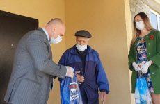 Активисты «Единой России» обеспечивают медицинскими масками всех ветеранов Ставрополья