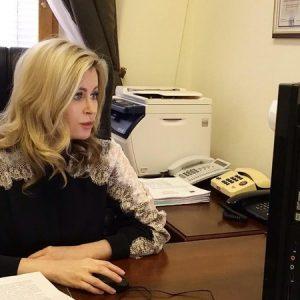 Елена Бондаренко провела очередной онлайн прием граждан