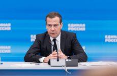 «Единая Россия» собрала 402 миллиона рублей на помощь медикам и гражданам в условиях пандемии коронавируса