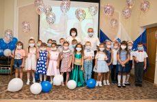 Изобильненские партийцы проводят акцию «Собери ребёнка в школу»