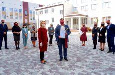 Ольга Тимофеева: «Низкий поклон нашим учителям за терпение и труд»