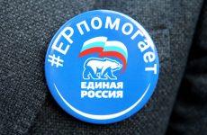Депутаты организовали дополнительный транспорт для медиков на Ставрополье