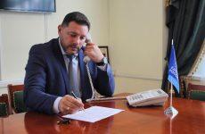 Прием граждан провел секретарь Кисловодского местного отделения партии Александр Курбатов