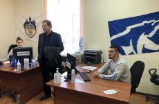 Михаил Кузьмин, депутат ГД РФ, встретился с молодыми людьми – волонтерами из колл-центра