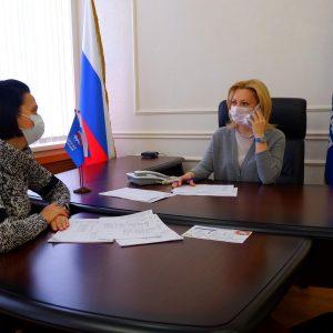 Ольга Тимофеева провела прием граждан в региональной партийной приемной в Ставрополе