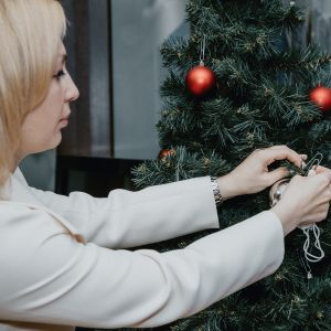 Зампред Госдумы Ольга Тимофеева присоединилась к акции «Ёлка желаний»
