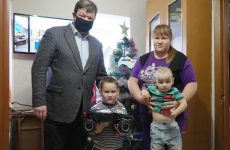 Геннадий Ягубов исполнил желания юных ставропольцев в преддверии Нового года