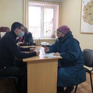 Владимир Дорошенко провел личный прием граждан в трех населенных пунктах Александровского муниципального округа