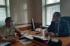 Депутат Думы Ставропольского края Игорь Николаев провел прием граждан по личным вопросам