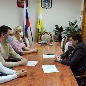 Валентина Муравьева приняла участие в неделе приемов граждан старшего поколения