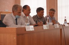 Дмитрием Судавцовым был организован семинар по вопросам дачных и садовых товариществ