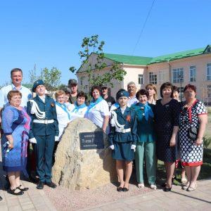 В Центральном парке с. Новоселицкого состоялось торжественное открытие аллеи, высаженной в честь 75-летия Победы в Великой Отечественной войне