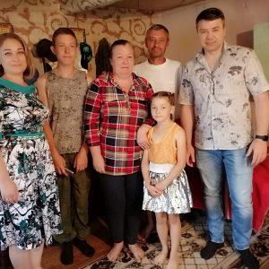 Андрей Юндин  оказал помощь многодетной семье